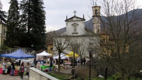 Mercato del Giustoinperfetto a Castello Cabiaglio