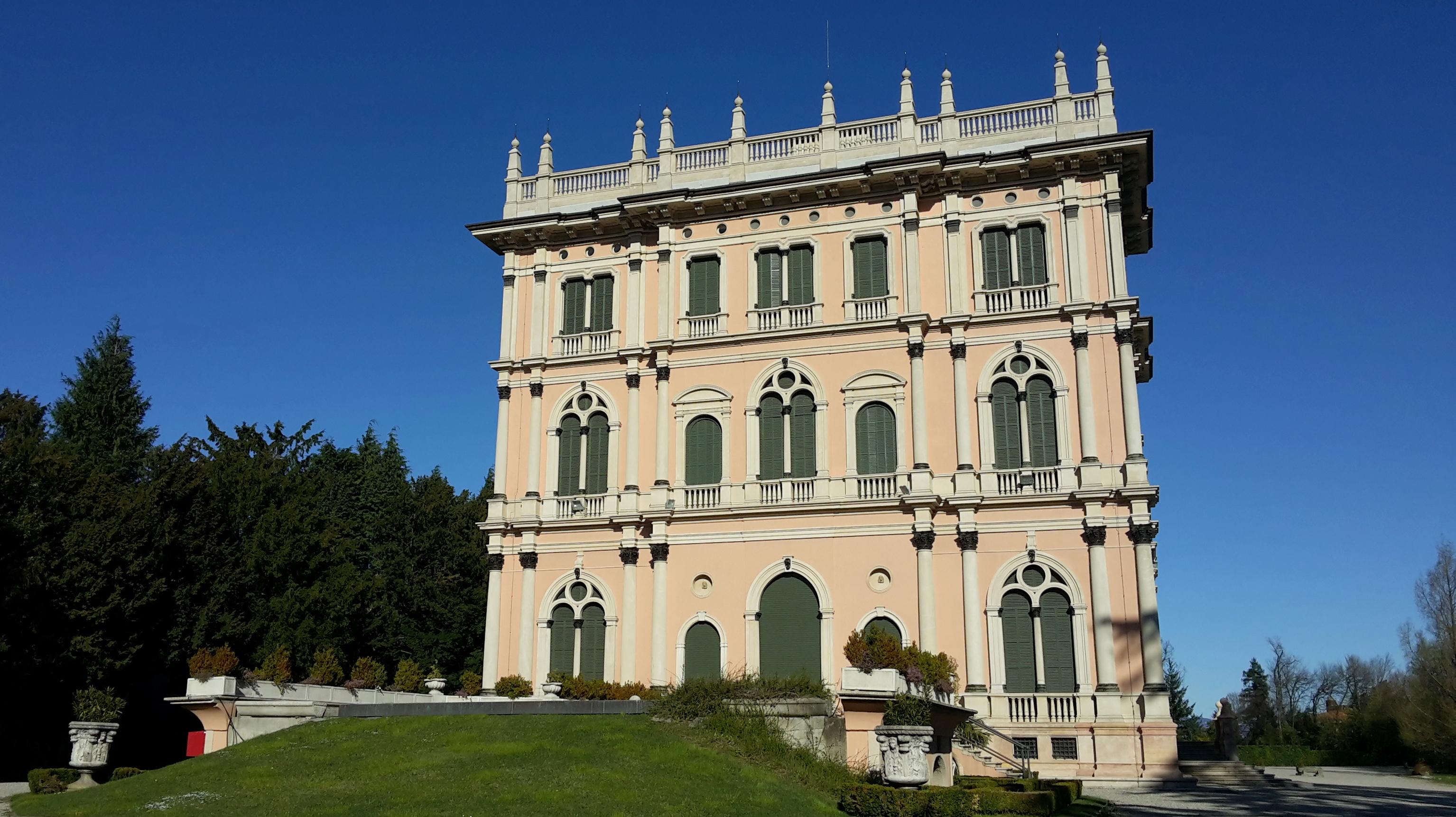 Ville Ponti Varese