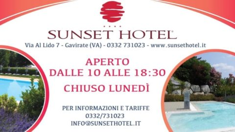 Estate in piscina al Sunset Hotel